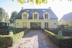 Kasteel Rhoonhof